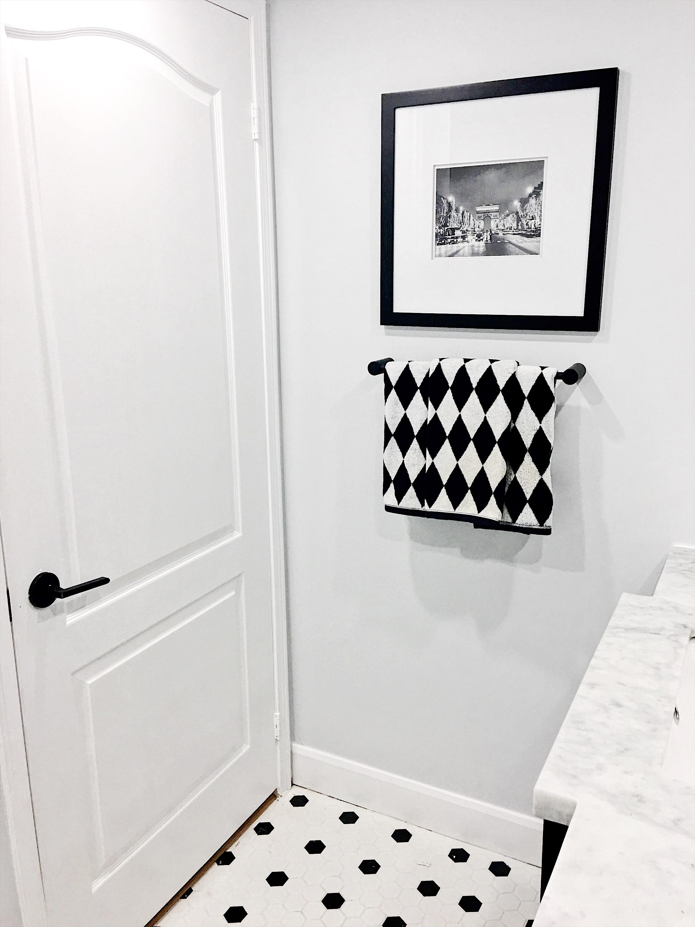 Black and White Towels