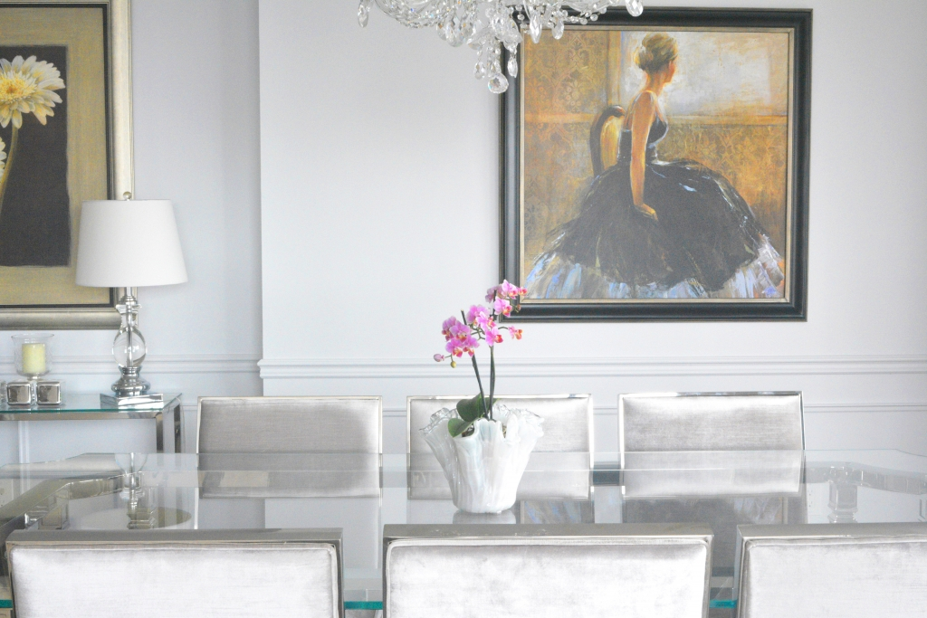 Mouldings to Create a Focal Point
